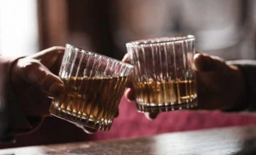 Visitors to Irish Whiskey Distilleries Exceed 1 Million For First Time